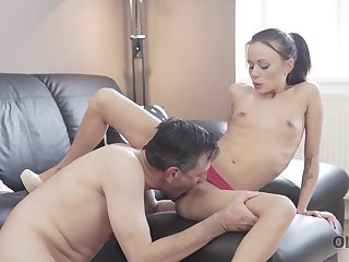 OLD4K. Mature guitarist makes love with skinny brunette on sofa